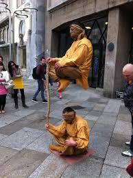 2 Street Performers Take Levitation To A Whole New Level