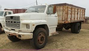 1982 Ford F800 Grain Truck | Item L7250 | SOLD! April 13 Ag ... 1982 Fordtruck Ford Truck 82ft6926c Desert Valley Auto Parts F100 Very Nice Truck That W Flickr Ford 700 Truck Tractor Vinsn1fdwn70h3cva18649 Sa Rowbackthursday Check Out This 7000 Sweeper View More What Mods Do You Have Done To Your Page 3 F150 Step Side Avidpost Jobs Personals For Sale Bronco Drag This Is A Wit Lifted Trucks Cluding F250 F350 Raptors Dream Challenge 82 Resto Pic Heavy Enthusiasts Pickup Xlt 50 Sales Brochure Knightwatcher26 Regular Cab Specs Photos