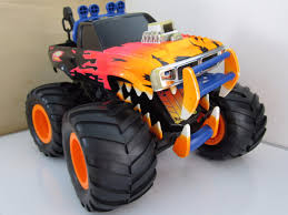 Brutus: El Guardián - Carro Monster Truck Hot Wheels - 90 ... Team Scream Racing Home Facebook Hot Wheels Monster Jam Brutus 164 Scale Small Version By Central Florida Top 5 Monster Trucks Brutus At The Buck 7162011 Youtube Car Show Events Truck Rallies Wildwood Nj 2013 New Paint World Finals News Archives Monstertruckthrdowncom The Online Of Grave Digger Others Set For In Tampa Tbocom Truck Prior To Challenge Truck Photo Album March 3 2012 Detroit Michigan Us Makes Left Turn On