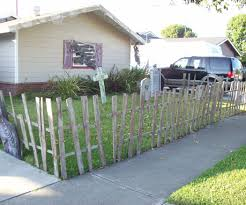 Halloween Graveyard Fence by Halloween Fence From Pallets 5 Steps With Pictures