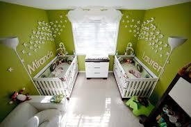 chambre enfant vert du vert pour la chambre de bébé