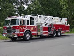 100 Pierce Trucks FileHillcrest NY 2002 Dash Midmount Platformjpg Wikimedia