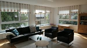 der wohnraum mit neuer fensterfront landhausstil