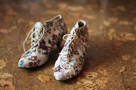 Vintage Shoe Love Floral Tapestry Shoes Heels By