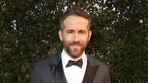 Carson Daly Halloween Linus by Ryan Reynolds Trolls Frenemy Hugh Jackman Over U0027logan U0027 Debut