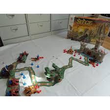 des jeux siege siège a l attaque du chateau jeu mb 1993 jouets rétro jeux