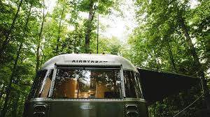 100 Flying Cloud Camp 2020 Airstream