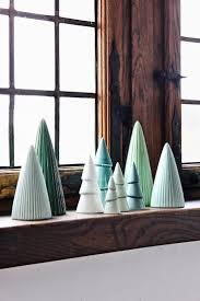 Atlantic Mold Ceramic Christmas Tree Lights by Best 25 Ceramic Christmas Trees Ideas On Pinterest Christmas