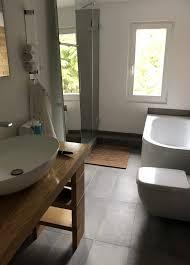 badsanierung hamburg hände und werke badezimmer umbau
