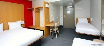 hotel chambre familiale 5 personnes b b hotels ouvre un grand familial de 400 chambres sur disneyland