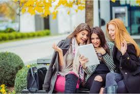 le si e social netiquette regole e consigli di galateo informatico per e