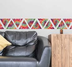 wandtattoo wohnzimmer bunte dreieck ornament wandbordüre