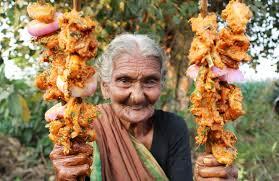 de cuisine indienne dans la cuisine d une youtubeuse indienne de 106 ans