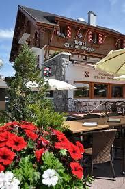 façade hôtel chalet suisse été photo de le chalet suisse