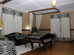 Animal Print Bedroom Decorating Ideas by Decor 67 Zebra Room Decor Ideas Cheetah Print Bedroom Ideas