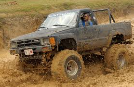 Toyota Mud Trucks - Mix Wallpaper