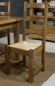 assise de chaise en paille chaise en chêne massif de style cagnard assise paille meuble en