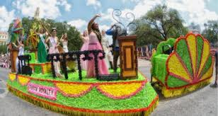 Parade Float Decorations In San Antonio by There Will Be A New Float For Miss Fiesta 2015 San Antonio
