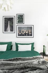ein stück wald im herbstlichen schlafzimmer fein und fabelhaft