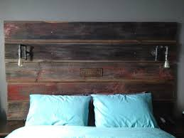 Headboard Lights For Reading by Best 25 Barn Board Headboard Ideas On Pinterest Reclaimed Wood