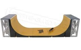 Tech Deck Half Pipe Skate Park Ramp by Amazon Com Tech Deck Half Pipe Vert Ramp With Exclusive World