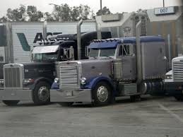 100 Simi Trucks Cattle Hauler Semi Trucks Russell Gurule Flickr