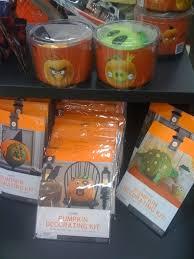 Pumpkin Push Ins Decorating Kit by Best 25 Pumpkin Decorating Kits Ideas On Pinterest Cheap