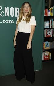 Drew Barrymore At Wildflower Book Signing At Barnes & Noble In