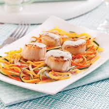 boursin cuisine recettes pétoncles au boursin cuisine et julienne de légumes pour