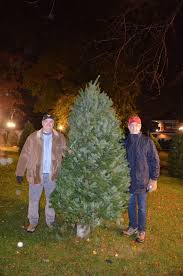 Griswold Christmas Tree On Car by Rooted In Tradition Christmas Trees Big Part Of Families U0027 Holiday