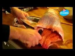comment cuisiner un saumon entier comment découper un saumon entier partie 2 2