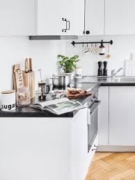 küche putzen anleitung und tipps für jede oberfläche westwing