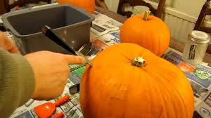 Simple Steps To Carving A Pumpkin by How To Make A Jack O U0027lantern A Detailed Step By Step How To