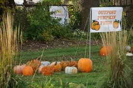 Pumpkin Patch Near Green Bay Wi by Pop Up Pumpkin Patch Brings Halloween To North Avenue Kids The