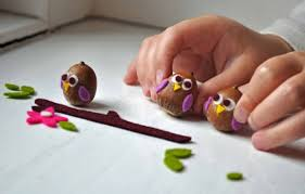 You Can Spend Time With Kids Embodying Interesting Arts And Crafts Ideas Using Available Natural Material Create A Very Beautiful