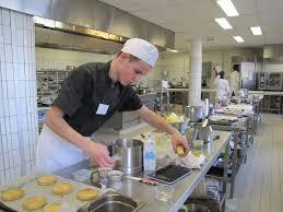 apprenti cuisine un lycéen berruyer deuxième du concours régional du meilleur
