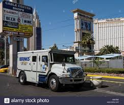 Brink's Stock Photos & Brink's Stock Images - Alamy Suspect Dead After Armored Truck Robbery In Phoenix Youtube Fbi Offering 200 For Information Leading To Suspects In Brinks Update Source Says Two Men Made Off With At Least 500k Hammond Brandon Simmons On Twitter Brinks Driver Robbed Gun Point Atmpted Former Charged Abc7chicagocom Reward Offered Violent Armored Car Heist Caught Camera Five Arrested Fatal Truck Robbery Nbc 6 South Florida Armoured Money Transport Vehicle Usa Stock Outside Southeast Austin Bank Three Arrested For Central Probably Queens Road Centra Can