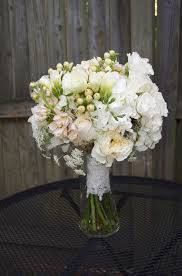 Best 12 Peach and white wedding bouquet images on Pinterest