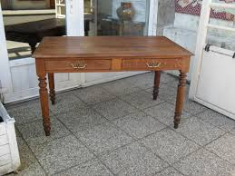 bureau en bois a vendre bureau plat ancien en chêne à vendre le de jadis