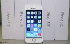 iPhone 5S review best smartphone ever made and colourful iPhone