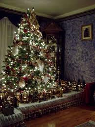 Slimline Christmas Tree Australia by Great Ideas For Under The Tree Platforms Village Peddler Custom
