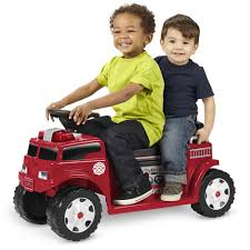 Radio Flyer Battery-Operated Fire Truck Ride-On For 2 With Lights ...