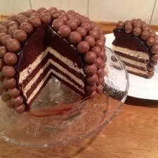 olles himmelsglitzerdings schoko malz torte mit maltesers