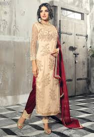 sale at utsav fashion discount on dresses and indian clothes shopping