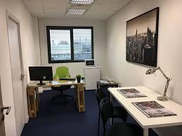 location bureau avignon location bureaux équipés privatifs l étable cowork avignon
