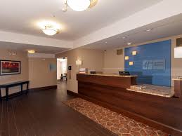 Holiday Inn Express Vernon Manchester Hotel by IHG