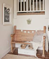 This Entry Is So Full Of Farmhouse Spring Decor