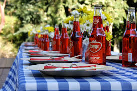 Backyard Bbq Decoration Ideas by Backyard Bbq Rehearsal Dinner The Sweetest Occasion