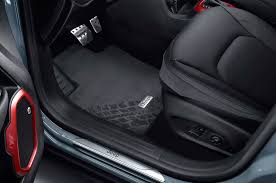 Jeep Commander Floor Mats by Mopar Tuned Jeep Cherokee Wrangler And Renegade Debut In