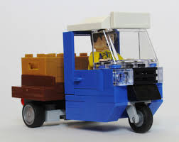 Yes, We Have No Bananas | New Elementary, A LEGO® Blog Of Parts Lego Toy Story 7598 Pizza Planet Truck Rescue Matnito 333 Delivery From 1967 Vintage Set Review Youtube Ace Swan Blog Lego Moc The Worlds Most Recently Posted Photos Of Delivery And Lego Yes We Have No Banas New Elementary A Blog Parts Custom Fedex Truck Building Itructions This Cargo City 60175 Mountain River Heist Ideas Product Dan The Pixar Fan 2 Vip Home Service City Legos